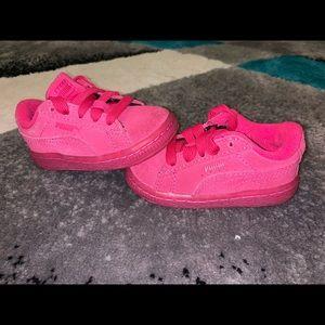 Girls puma shoes